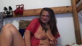 Old pleasure goddess MILF with meaty pussy lips Xnxx.com