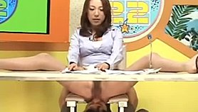 Japanese Gets Eaten Out Doing News & Squirts XNXX