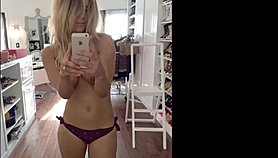 Kaley Cuoco Leaked Nudes and Sexy Full Collection